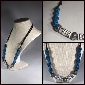 Adjustable leather tribal style necklace nwot